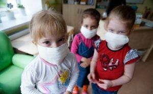 В Луганской области почти 500 детей заболели коронавирусом