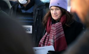 Стала известна настоящая реакция главы ОБСЕ Анн Линде на посещение КПВВ «Золотое»