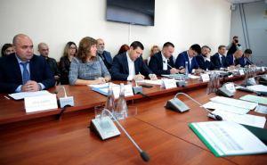 Как выполняют свои предвыборные обещания народные депутаты от Луганской области