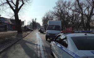 В Луганске столкнулись две маршрутки. Десять пассажиров пострадали. ВИДЕО.