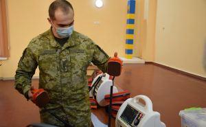 Пять КПВВ на линии разграничения получили медоборудование для экстренной помощи. ФОТО