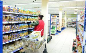 Где в Луганске дешевле купить рис и крупы: на рынке или в супермаркете? ВИДЕО