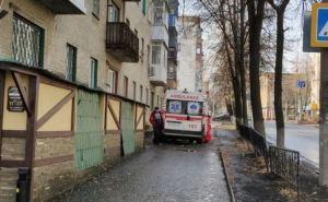 На Донбассе с пятого этажа выпал ребенок и погиб. ФОТО