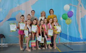 Луганские гимнастки привезли 12 медалей с первенства из России