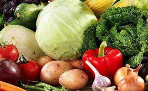 В Луганске в марте подорожали морковь и свекла, говядина и колбаса, дизель и бензин А-95