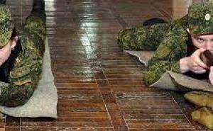 В Луганске с программой обязательного военного обучения фактически стартовал призыв на срочную военную службу