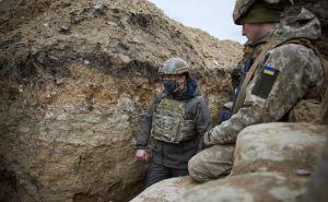 Зеленский на Донбассе пообедал в солдатской столовой и побывал в окопах. ФОТО