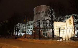 В Луганске с завтрашнего дня разрешили очное обучение студентов выпускных курсов