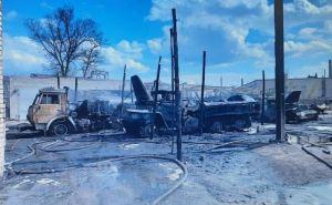В Рубежном в воинской части сгорели четыре бензовоза, пострадали три человека. ФОТО. ВИДЕО