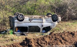 На трассе на Меловое перевернулся микроавтобус— семеро пострадавших. ФОТО