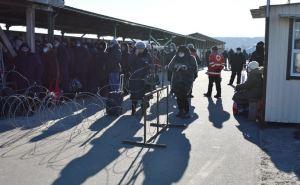 Пассажиропоток через КПВВ «Станица Луганская» за неделю уменьшился почти в два раза