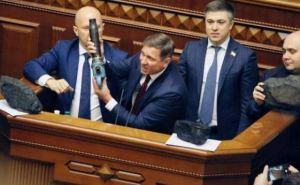 Шлили луганские нардепы «против линии партии»