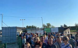 Полиция пытается навести порядок на КПВВ «Станица Луганская». ФОТО