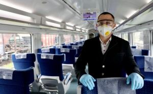 Укрзализныця восстанавливает два поезда в Луганской и Донецкой областях