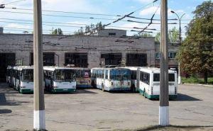 В Алчевске до сих пор не вышли на маршрут 7 автобусов, подаренных Санкт-Петербургом