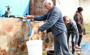 Жители Ровенек в отчаянии сливают воду из отопительных систем. В городе почти месяц отсутствует водоснабжение