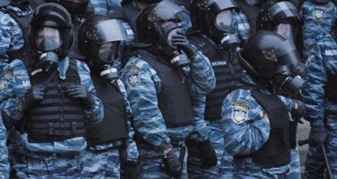 Блокпост оппозиции возле Кабмина разогнала милиция