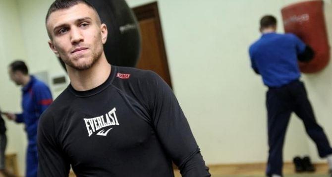 Ломаченко подписал контракт на бой с Салидо