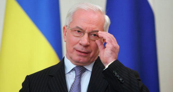 Азаров пообещал, что тарифы ЖКХ в Украине повышаться не будут