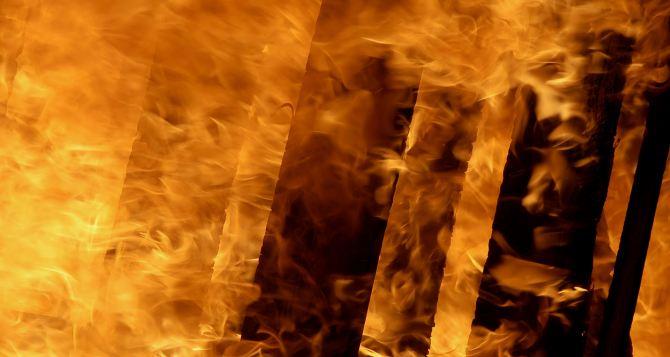 В Луганске при пожаре погиб мужчина