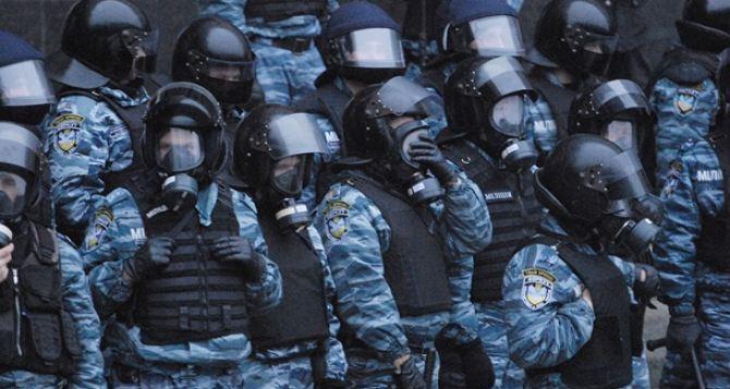 В центре Киева собираются силовики и сторонникиПР