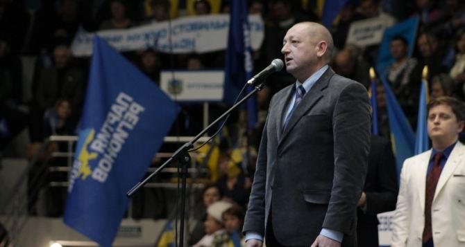 Лидеры оппозиции пытаются совершить вооруженный захват власти. —Валерий Филиппов