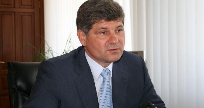 «Такие события несут угрозу национальной безопасности страны». Мэр Луганска высказался о беспорядках в Киеве