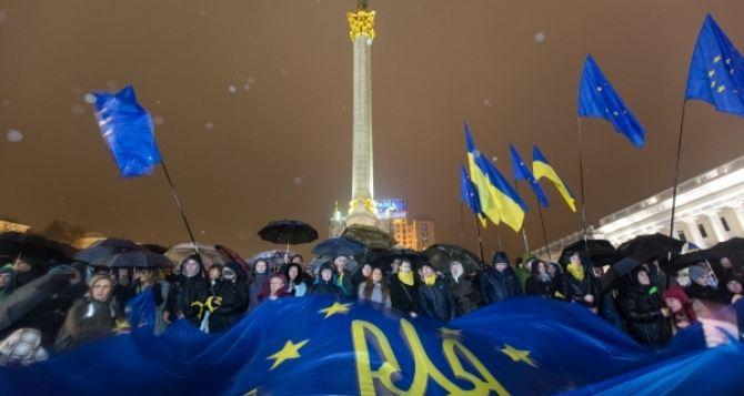 Мнение луганчан о Евромайдане ужесточилось. —Социолог