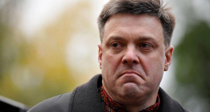 Оппозиция продолжает требовать отставки Януковича