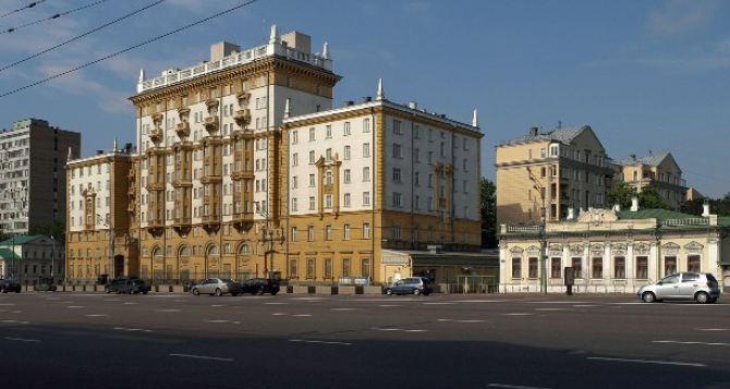 Российские депутаты будут пикетировать посольство США из-за Украины