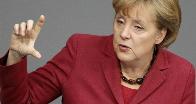 Ангела Меркель планирует встречу с лидерами украинской оппозиции