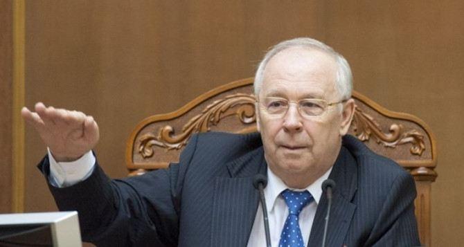 Ефремов опроверг информацию о том, что у Рыбака гипертонический криз (фото)