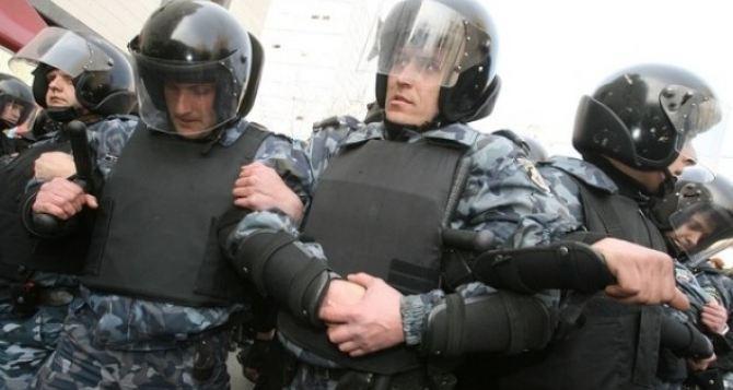 Бойцов внутренних войск обстреливают неизвестные. —Пресс-служба силовиков