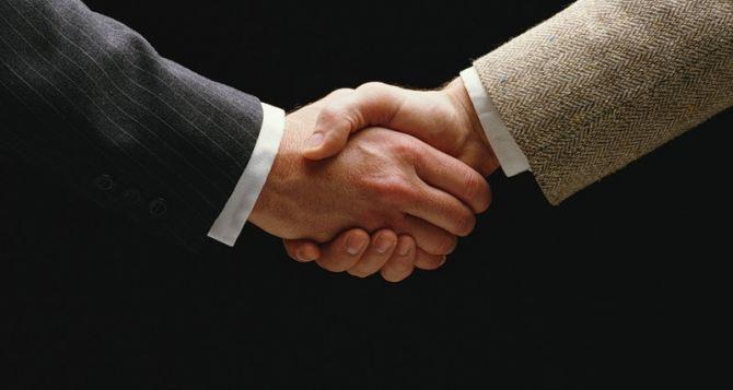 Власть и оппозиция подписали Соглашение об урегулировании кризиса