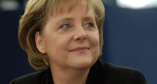 Меркель призвала украинских политиков учитывать интересы всей страны