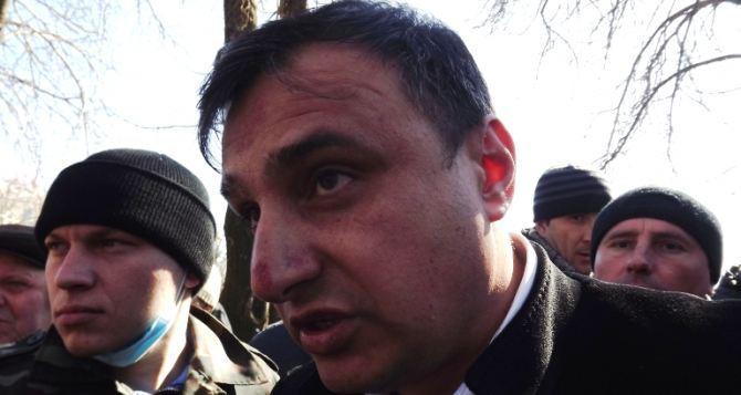 Депутаты Луганского облсовета требуют привлечь к ответственности Ляшко за «истязания» Клинчаева