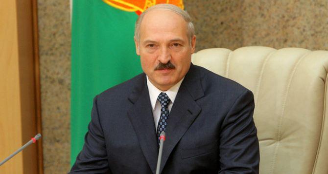 Только идиот после событий в Украине не сделает соответствующих выводов. —Лукашенко