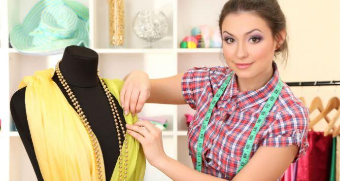 Молодые модельеры из Луганска покажут коллекции женской одежды