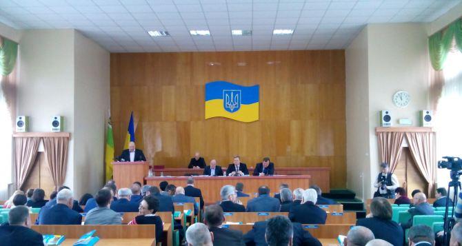 Луганские депутаты призвали отменить антитеррористическую операцию на востоке страны