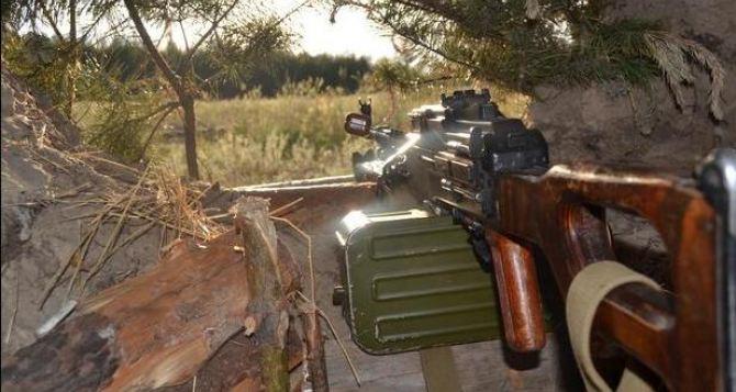 В Луганской области из засады обстреляли колонну пограничников