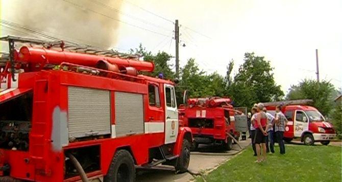 В Луганской области потушили 2 крупных пожара (фото)