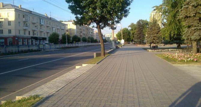 В Луганске запретили передвигаться на автомобилях