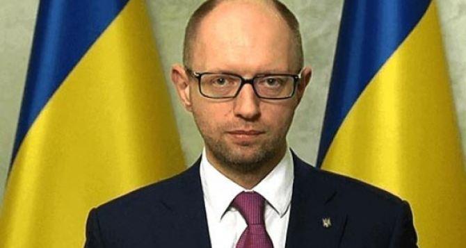 Яценюк признал, что Украина потеряет от санкций противРФ