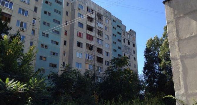 Люди начали возвращаться в город, но без света и воды очень проблематично жить в многоэтажках. —Рассказ о визите в Луганск (фото)