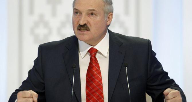 В украинском кризисе виноват Янукович. —Лукашенко