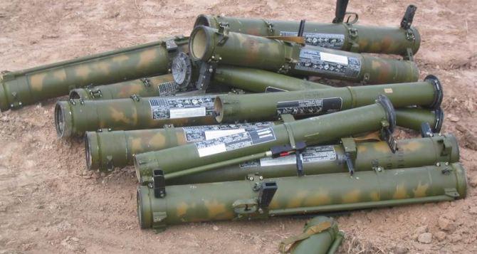 В Луганской области из гранатомета обстреляли пустырь