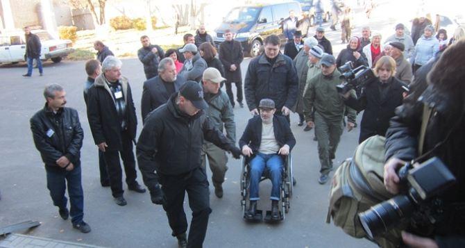Кернес проголосовал за мир на Донбассе