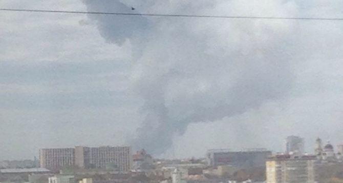 Последствия мощного взрыва в Донецке на химзаводе (фото)