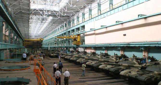 Харьковский бронетанковый завод ремонтирует очередную партию танков для АТО