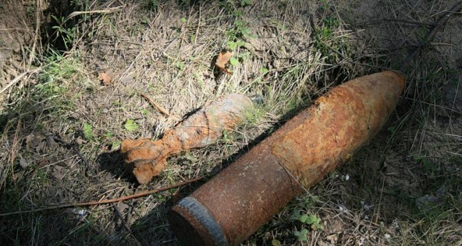 Последствия боевых действий: в Луганске за сутки нашли 11 снарядов